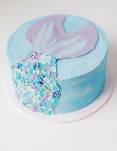 Mermaid fin cake